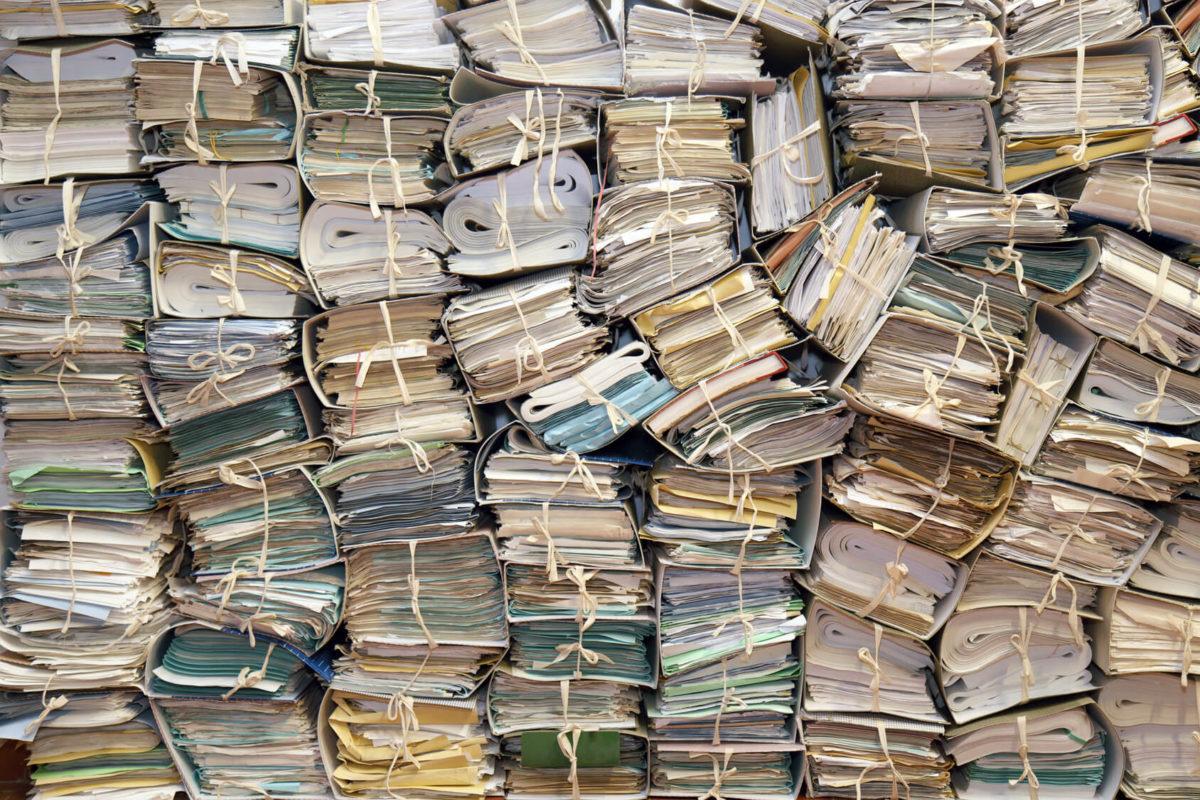 Destruction de papier et débarras d'archives rennes nantes saint malo redon fougères vitré